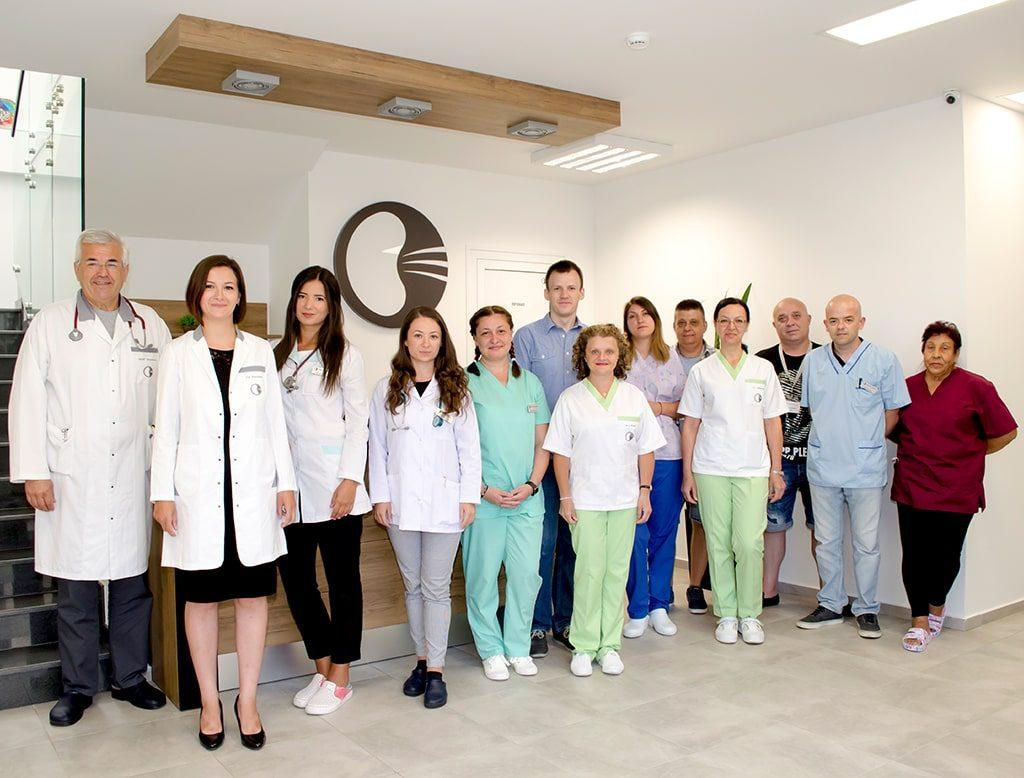 4 kidney center team